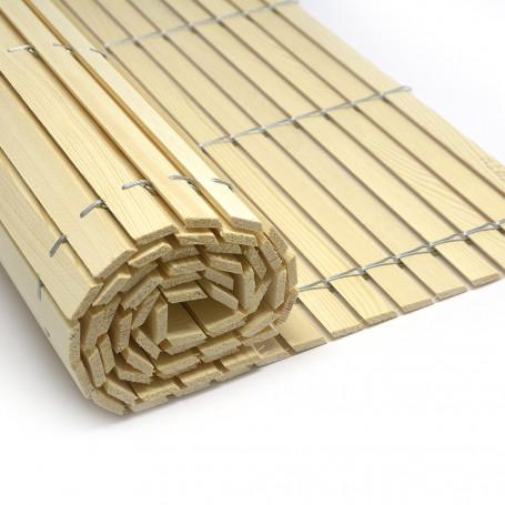 Trozo-rollo de persiana de madera pintada