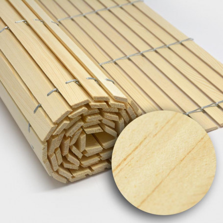 Trozo rollo persiana cadenilla madera acabado natural