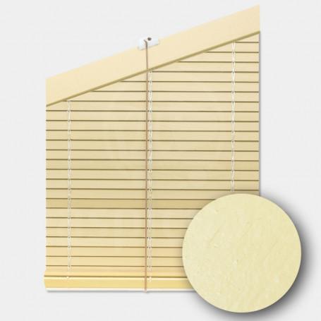 persiana-madera-pintada-marfil-crema-cp-cabezal-triangular